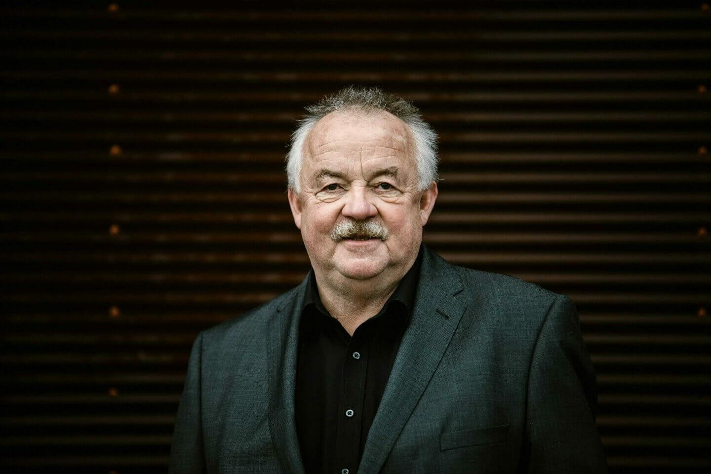 Portraitfoto Anwalt Klaus Lang BlumLang Rechtsanwälte